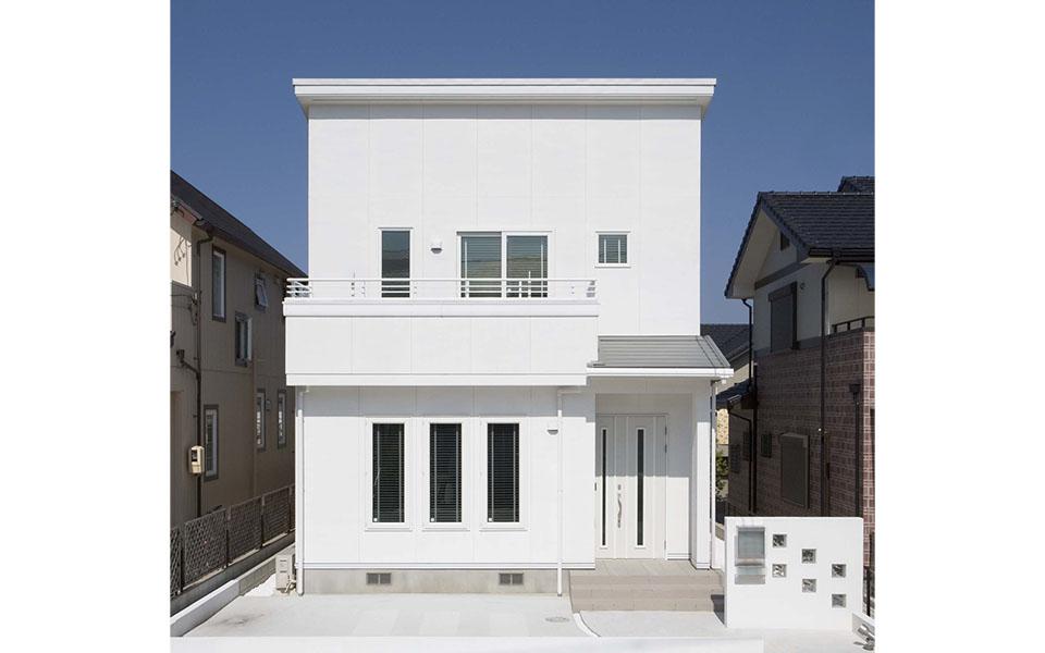 シンプルモダンな白い家。【愛知県・K様邸】