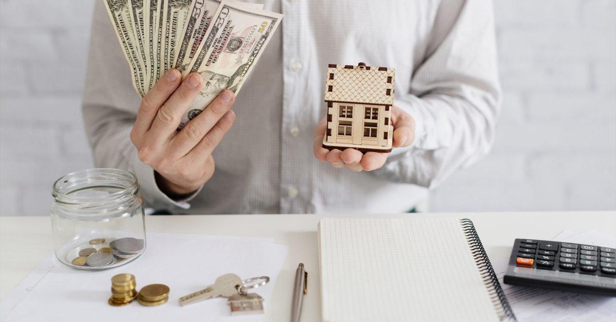 もし住宅ローン金利が0.5%上がったら?月々返済と総返済額を算出