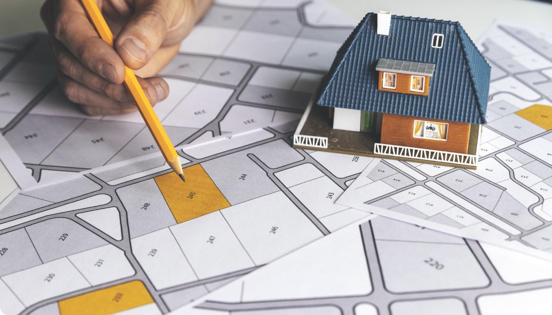 土地の形状によって建てられる家も変わってくる?